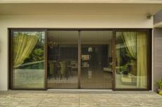 screen-door